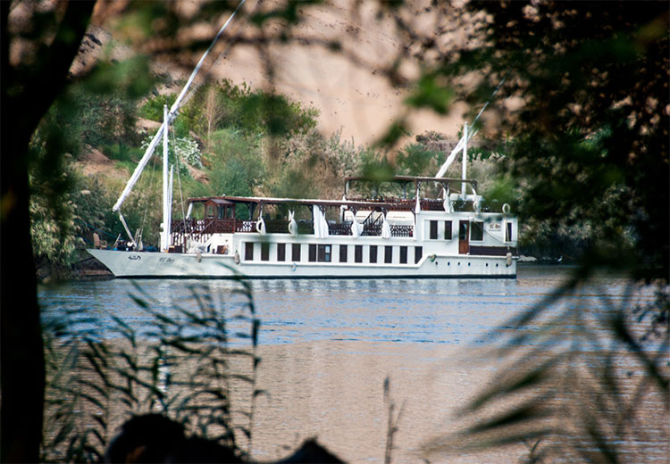 El Bey Dahabiya Boat El Bey Dahabiya Boat