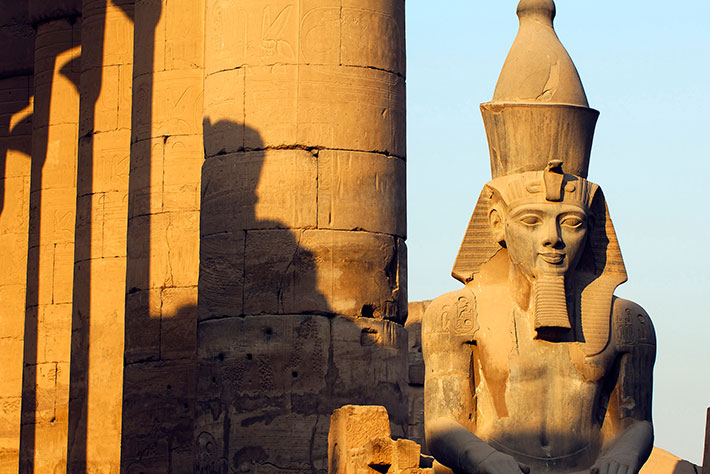 Tour to the East Bank of Luxor Sightseeing Tours